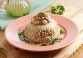 Sajikan Nasi Tim Ayam Jamur Lezat ini Untuk Makan Malam