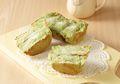 Bandros Green Tea ini Sukses Membuat Suasana Malam Minggu Semakin Hangat