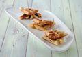 Mari Buat Waffle Cheese Melt Peanut Butter untuk Sarapan & Bekal Si Kecil