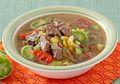 Bayangkan Nikmatnya Makan Sup Daging Asam Pedas untuk Makan Malam!