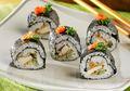 Mau Sushi Rasa Indonesia? Resep Sushi Ayam Kriuk ini Jawabannya!