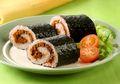Mau Bikin Sushi yang Mudah dan Sederhana Bahannya? Coba Sushi Merah Gulung Abon