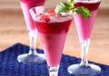 Untuk Dessert Istimewa, Sajikan Puding Anggur Stroberi Yang Cantik Dan Segar Ini