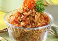 Ya Ampun, Mana Bisa Makan Sedikit Kalau Sambal Rebon ini Jadi Teman Nasi Putih Hangat
