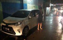 Sopir Terjebak di Dalam Toyota Calya yang Diterjang Banjir, Beruntung Masih Terselamatkan