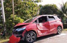 Honda Jazz Bonyok Vs Tiga Motor, Dua Tewas, Alat Isap Sabu Petunjuk