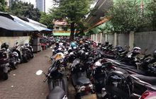 Mencengangkan, Pendapatan Juru Parkir di Jakarta Tembus Sejuta Perhari