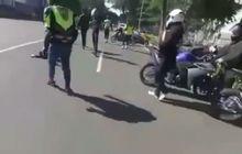 Detik-detik Dua Yamaha R25 Saling Tubruk, Bodi Terkoyak, Biker Lemas