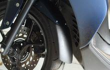 Pasang Sambungan Sepatbor di Yamaha Lexi, Cegah Kotoran Naik