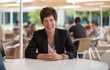 4 Hal Wajib Tahu Seputar Deirdre O'Brien, Pengganti Angela Ahrendts di Apple