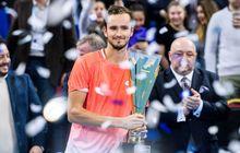 Medvedev ke Semifinal Monte Carlo Masters Usai Hentikan Djokovic