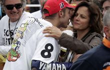 Otorace: Masih Balap di Usia 40 Tahun, Ini Pesan Ibu Valentino Rossi