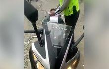 Bikin Kesal, Video Oknum Polisi Cari Kesalahan Pemotor Agar Ditilang