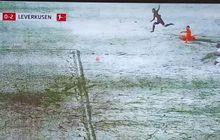 VIDEO - Pemain Jepang Lewati Kiper dan Menembak, tetapi Bola Berhenti di Salju