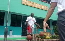 Mantan Bintang NBA Ini Ternyata Kepanasan di Jakarta