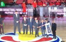 indonesia terima bendera simbolis tuan rumah kejuaraan dunia bola basket 2023