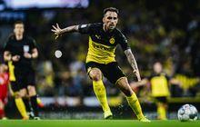 Dicampakkan Barcelona Jadi Bahan Bakar Paco Alcacer Kalahkan Lionel Messi