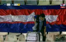 Meski Sendirian, Seorang Suporter Tetap Dukung Timnas Kamboja saat Dibobol Iran 14 Gol