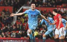 Man United Vs Burnley - Umpan Mantan Bek Man City Buat Publik Old Trafford Terdiam