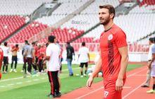 Marco Motta Tak Masalah dengan Gaya Keras di Sepak Bola Indonesia