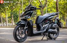 Honda Sh150i looks luxurious crammed with expensive parts and carbon discs