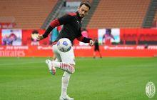 Hakan Calhanoglu Sudah 90 Persen Akan Gabung Manchester United Musim Depan
