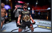 Hasil UFC 255 - Bak Pancung Lawan, Deiveson Figuiredo Masih Rajai Kelas Terbang
