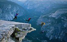Kenalan dengan BASE Jumping, Olahraga Paling Berbahaya di Dunia