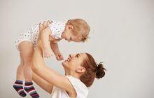 4 Cara yang Bisa Dilakukan Ibu Baru saat Meminta Bantuan Orang Lain