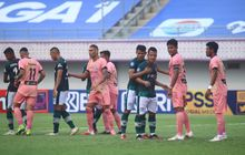 Belum Pernah Raih Kemenangan, Skuad Madura United Diminta Tak Tundukkan Kepala