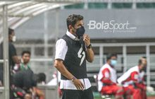 Pelatih Arema FC Botakin Rambut Jelang Lawan PSS, Ingin Buang Kesialan?