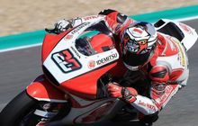 Bendera Indonesia Terbalik, Motor Moto2 Dimas Ekky Banjir Komentar