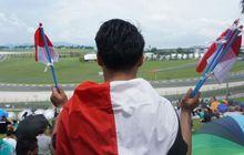 Siapa Pengibar Bendera Merah Putih di Tribune K2 sirkuit Sepang?