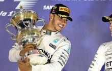Hamilton Sebut Rosberg Si Pengeluh