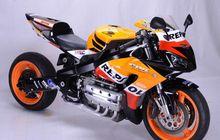 CBR1000RR Kalah Gede, Wajah Dan Bodi CBR, Mesin 1800 cc Tiduran
