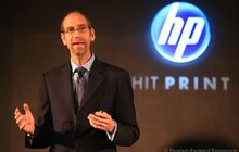 Apple Rekrut Mantan Eksekutif HP buat Tangani Penjualan Apple Watch