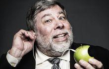 """Peringatan Steve Wozniak Jika Apple """"Bunuh"""" Headphone Jack di iPhone 7"""
