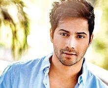 Laki Banget! Pesona 5 Aktor Bollywood Brewok Bikin Moms Terhipnotis