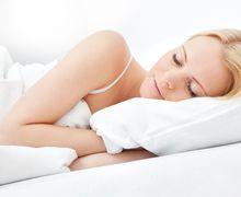 Perempuan Harus Tidur Lebih Lama dari Laki-laki, ini Alasannya!
