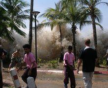 5 Tsunami Terparah di Dunia, 2 di Antaranya Terjadi di Indonesia