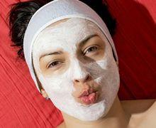 Coba Resep Masker Ini untuk Wajah Tetap Segar Meskipun Tanpa Makeup