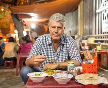 5 Tip Penting dari Anthony Bourdain Sebelum Makan di Restoran