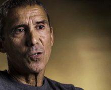 Pria Ini Minum Darah Kelelawar dan Urinnya Sendiri Demi Bertahan Hidup Selama 9 Hari di Gurun