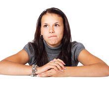 Selain Membuat Nafas Bau, Apalagi Akibat Sering Menggigit Kuku?