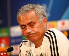 Gosok Gigi di Stadion, Momen Paling Unik saat Chelsea Lawan Manchester United