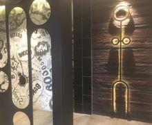 Serasa Baca Komik, Contek Inspirasi Kamar Mandi dengan Dinding Mural