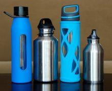 Agar Tidak Jadi Sarang Kuman, Cari Tahu Cara Cuci Botol Minum
