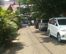 Sering Terganggu dengan Mobil Tetangga yang Parkir di Depan Rumah? Ini Jalur Hukum yang Bisa Ditempuh!