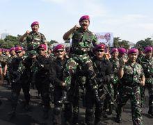 Tengok Foto-foto Panglima TNI Pimpin Apel Khusus Satuan Marinir