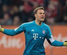 Video - Aksi Konyol Manuel Neuer yang Bikin Komentator Bingung